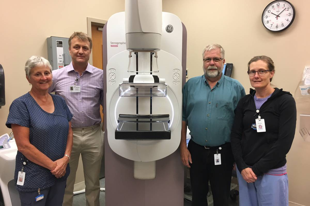 New Digital Mammography Unit for the Clay & Elaine Elliott  Women's Health Centre arrives at NHH